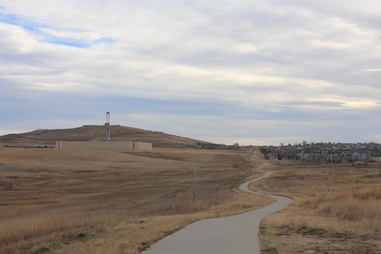 Drilling rig at the Pratt site, November 27, 2014.